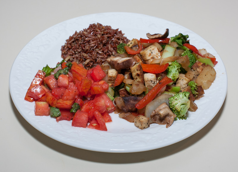 00aFavorite 20140622 Vegetables and Tofu, Himalayan Red Rice, Heirloom Tomato w Basil and Onion (No Added Fat) (2011)
