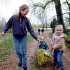 "Robyn Wing and her children, Jackson, 18-months and Natalie Heinze, 4-years, arrive at Stonebridge Farm in Lyons  with the food they plan to trade.<br /> For a video and more photos of the food swap, go to  <a href=""http://www.dailycamera.com"">http://www.dailycamera.com</a>.<br /> Cliff Grassmick / April 18, 2012"