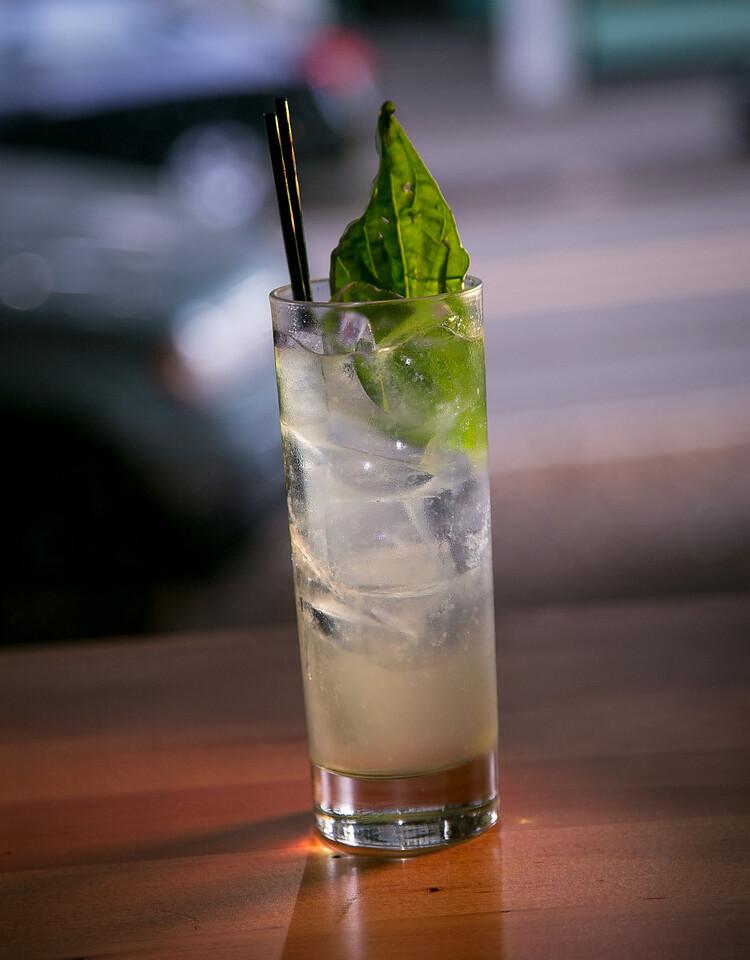 Drink_StonesThrow