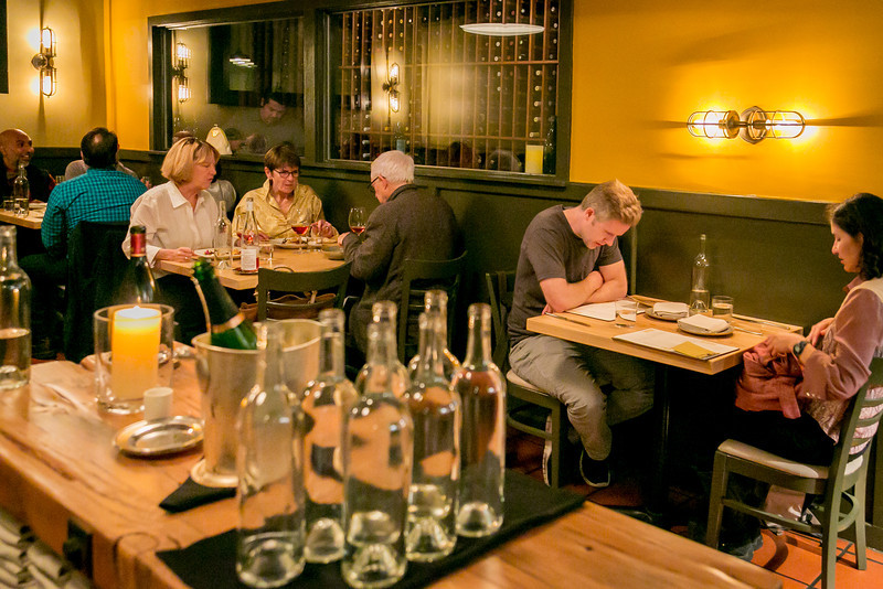 Dining16 Stones Throw