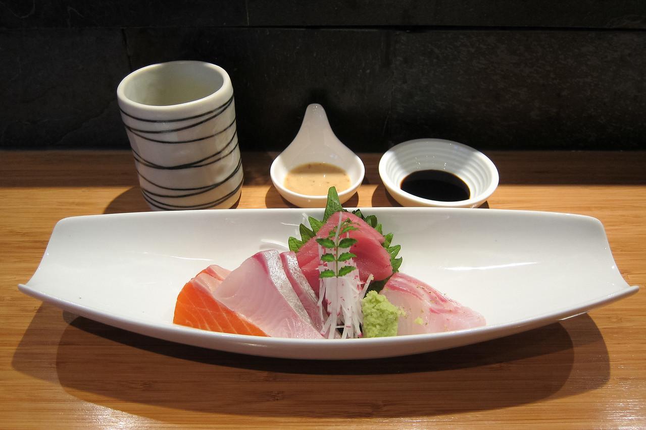 Kitty and Chris - Sushi Kaji Restaurant Etobicoke Toronto Foodie - September 2014 015