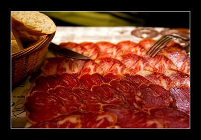 """Jamón ibérico served in """"Bodega Castaneda"""" restaurant, Granada"""