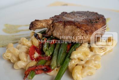 Twisted Fern Pork Chop-08351