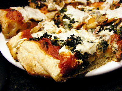 Spinach and Teese Pizza