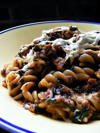 Rotini with Spinach Marinara and Daiya Cheese