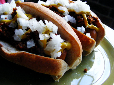 Vegan Chili dogs - NY System Style!