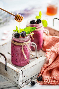 Berry Smoothie with Honey