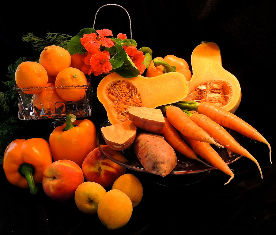 Still LIfe in Orange