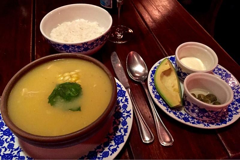 Ajacio con pollo en Cafe Colombia en Bogota, Colombia