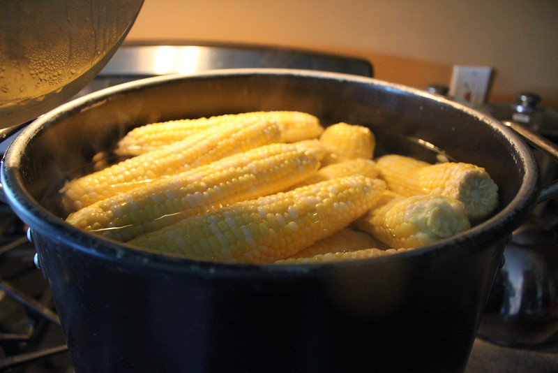 Corn on the Cob ~ in pot