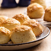 scone with cheese
