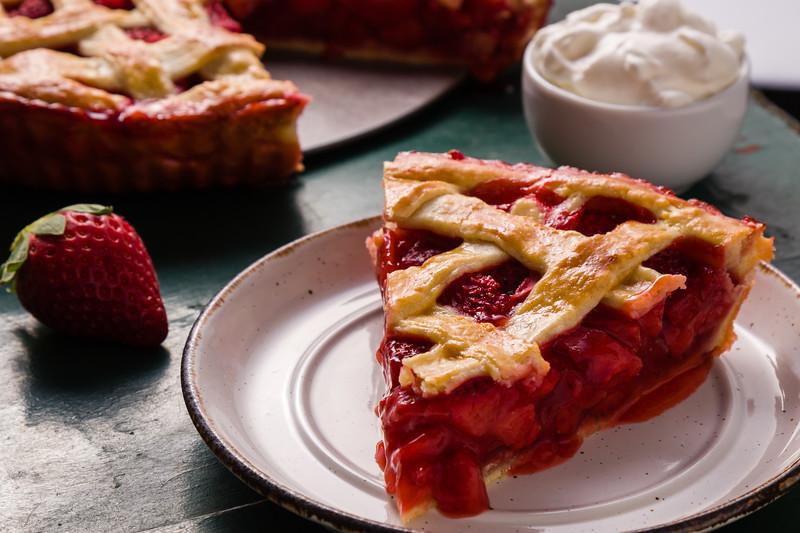 strawberry pie dessert