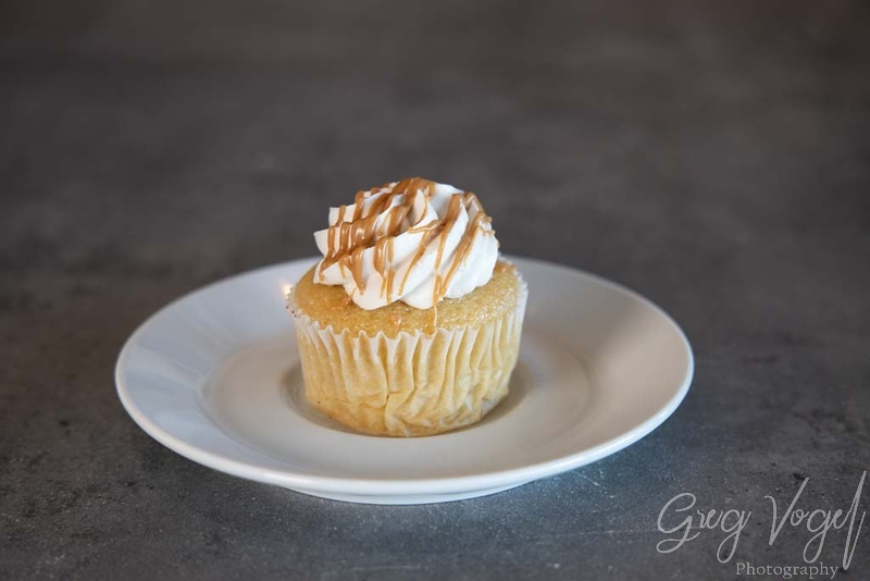 CafeOrganix_CupcakeVanillaCaramel.jpg