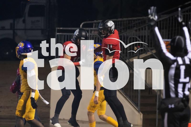 Argyle Eagles play La Vega Pirates in round four at Don Floyd Stadium in Midlothian, Texas, on December 7, 2018. (Jordyn Tarrant / The Talon News)