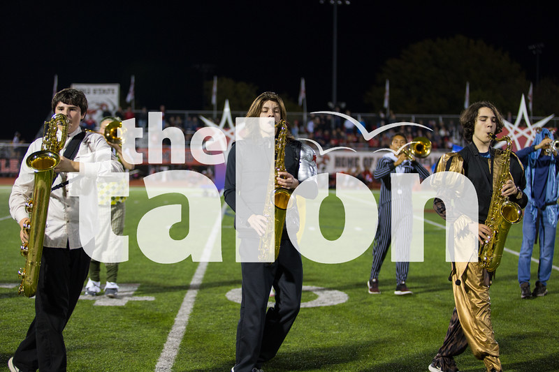 The Eagles football team takes on the  the Melissa Cardinals at Cardinal Stadium  in Melissa , Texas, on October 26, 2018. (Lauren Metcalf / The Talon News)