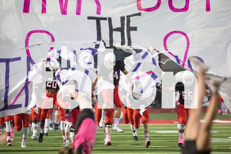 Eagles take on Sanger at Argyle High School on Oct. 21, 2016 in Argyle, Texas. (Christopher Piel/The Talon News)