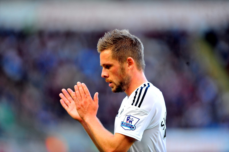 SPORT.... SWANS v NEWCASTLE.... Saturday 4th OCTOBER 2014 Action from Swansea City v Newcastle United. Pictured - Gylfi Sigurdsson.