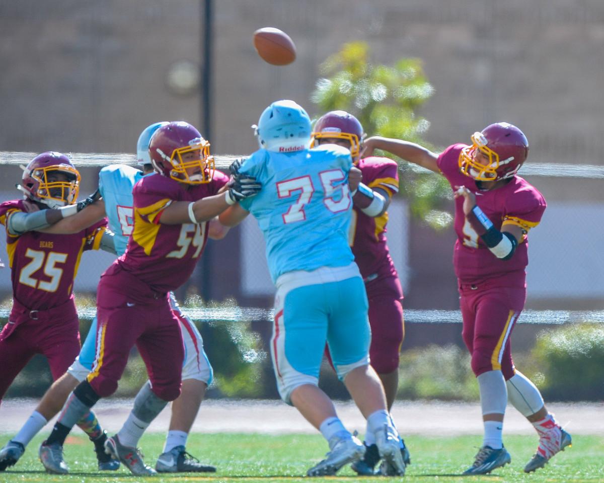 Menlo Atherton JV Football vs. Hillsdale High School, 2016-10-29.