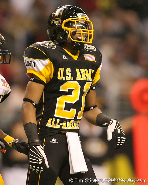 Hillside, Ill. (Proviso West HS) wide receiver Kyle Prater lines up during the second half of the U.S. Army All-American Bowl on Saturday, January 9, 2010 at the Alamodome in San Antonio, Texas. / Gator Country photo by Tim Casey