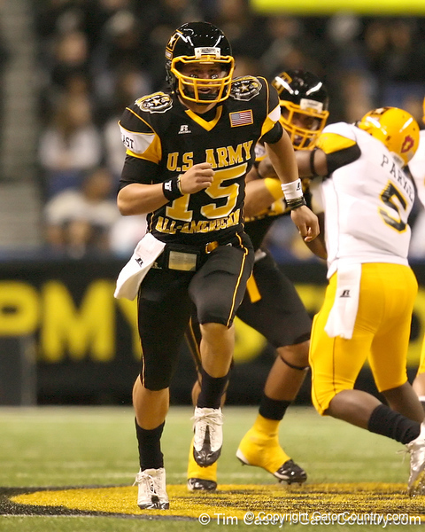 Iowa City, Iowa (City HS) defensive back A.J. Derby runs on punt coverage during the first half of the U.S. Army All-American Bowl on Saturday, January 9, 2010 at the Alamodome in San Antonio, Texas. / Gator Country photo by Tim Casey