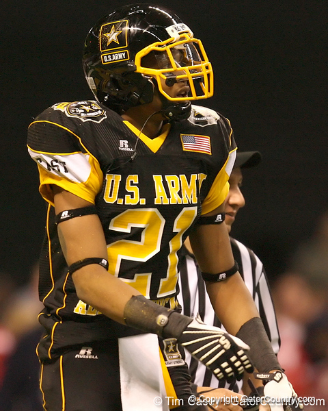 Hillside, Ill. (Proviso West HS) wide receiver Kyle Prater reacts after making a catch during the second half of the U.S. Army All-American Bowl on Saturday, January 9, 2010 at the Alamodome in San Antonio, Texas. / Gator Country photo by Tim Casey