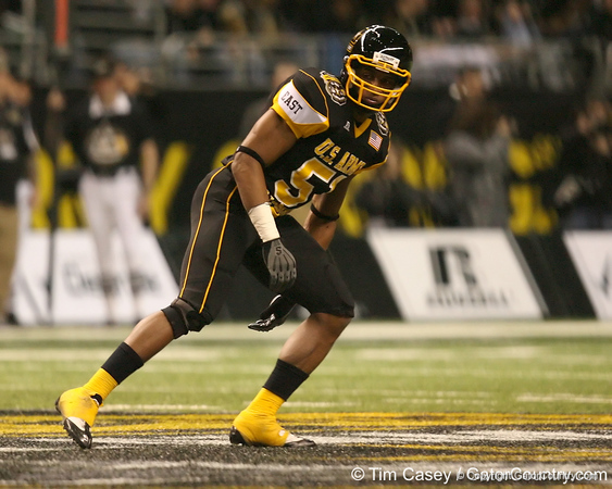 Stamford, Conn. (Stamford HS) linebacker Khairi Fortt drops back on a kickoff return during the first half of the U.S. Army All-American Bowl on Saturday, January 9, 2010 at the Alamodome in San Antonio, Texas. / Gator Country photo by Tim Casey