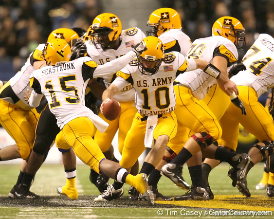 Houston (Second Baptist School) quarterback Connor Wood fakes a handoff during the first half of the U.S. Army All-American Bowl on Saturday, January 9, 2010 at the Alamodome in San Antonio, Texas. / Gator Country photo by Tim Casey