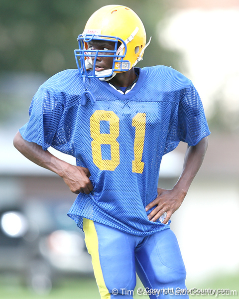 Palatka senior wide receiver Eugene Cobbs works out during the Panthers' football practice on Monday, August 24, 2009 at Palatka High School in Palatka, Fla. / Gator Country photo by Tim Casey