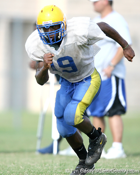 Palatka junior running back Kion Williams works out during the Panthers' football practice on Monday, August 24, 2009 at Palatka High School in Palatka, Fla. / Gator Country photo by Tim Casey