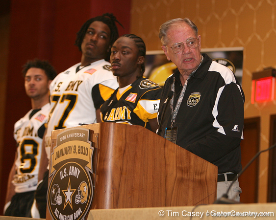 Ken Hall speaks during a press conference after the fourth day of practice for the U.S. Army All-American Bowl on Thursday, January 7, 2010 at the Grand Hyatt Hotel in San Antonio. / Gator Country photo by Tim Casey