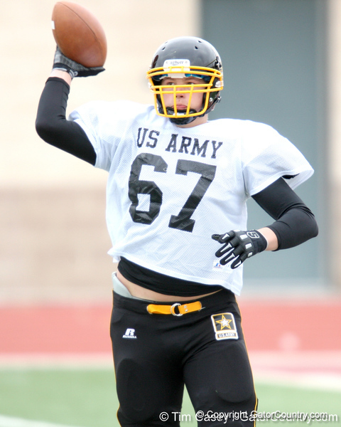 Whitehouse, Ohio (Wayne HS) offensive lineman Andrew Donnal works out during the East team's fourth day of practice for the U.S. Army All-American Bowl on Thursday, January 7, 2010 at Gustafson Stadium at the Hardin Athletic Complex in San Antonio. / Gator Country photo by Tim Casey