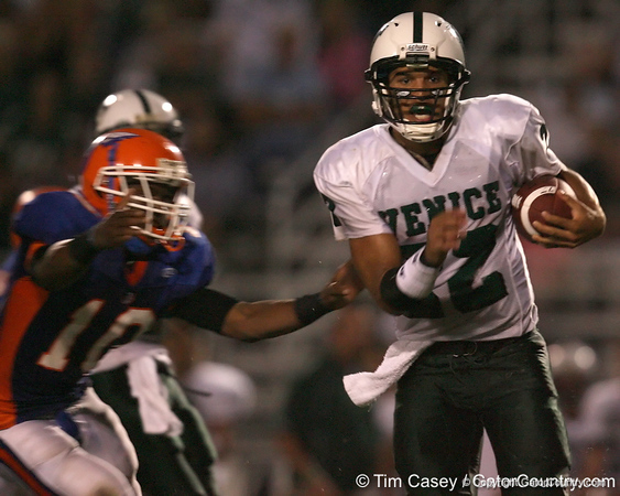 Venice High School senior Trey Burton (22) runs ahead during the Indians' 34-10 win against the Southeast Seminoles on Friday, October 2, 2009 at John Kiker Memorial Stadium in Bradenton, Fla. / Gator Country photo by Tim Casey