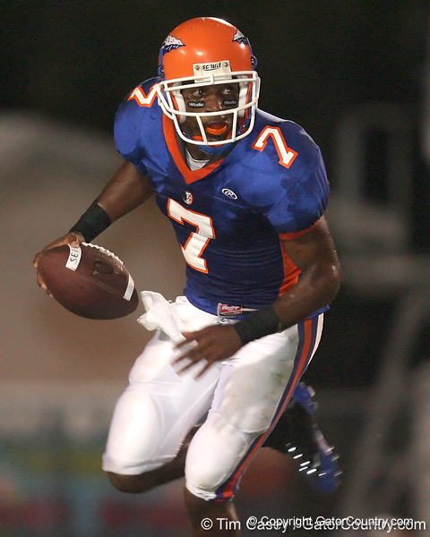 Southeast High School junior quarterback Dyron Speight rolls out during the Venice Indians' 34-10 win against the Seminoles on Friday, October 2, 2009 at John Kiker Memorial Stadium in Bradenton, Fla. / Gator Country photo by Tim Casey