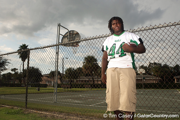 New Port Richey (Gulf HS) defensive tackle Leon Orr poses for a photo at Ed Dorsett Park where he played basketball while growing up on Sept. 23, 2009 in Tarpon Springs, Fla. / Gator Country photo by Tim Casey