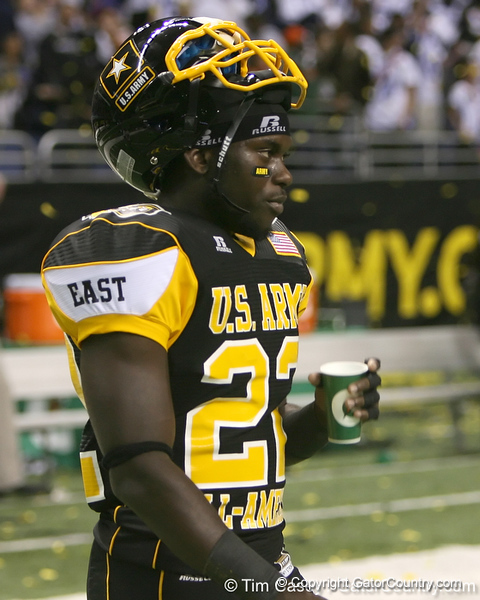 Palm Beach Gardens (Dwyer HS) safety Matt Elam walks to talk with teammates after the U.S. Army All-American Bowl on Saturday, January 9, 2010 at the Alamodome in San Antonio, Texas. / Gator Country photo by Tim Casey