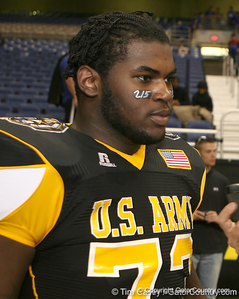 Philadelphia (George Washington HS) defensive tackle Sharrif Floyd talks with Gator Country reporter Justin Wells after the U.S. Army All-American Bowl on Saturday, January 9, 2010 at the Alamodome in San Antonio, Texas. / Gator Country photo by Tim Casey