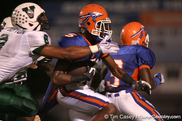 Bradenton (Southeast HS) safety Jonathan Dowling runs with the ball during the Venice Indians' 34-10 win against the Seminoles on Friday, October 2, 2009 at John Kiker Memorial Stadium in Bradenton, Fla. / Gator Country photo by Tim Casey