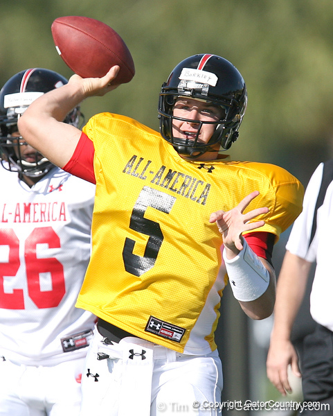 photo by Tim Casey<br /> <br /> Quarterback Matt Barkley (USC commit) works out during the first day of practice leading up to the Under Armour All-America Game on Wednesday, December 31, 2008 at Disney's Wide World of Sports Complex in Lake Buena Vista, Fla.
