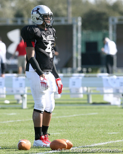 photo by Tim Casey<br /> <br /> Safety Isaiah Bell (Michigan commit) works out during the first day of practice leading up to the Under Armour All-America Game on Wednesday, December 31, 2008 at Disney's Wide World of Sports Complex in Lake Buena Vista, Fla.