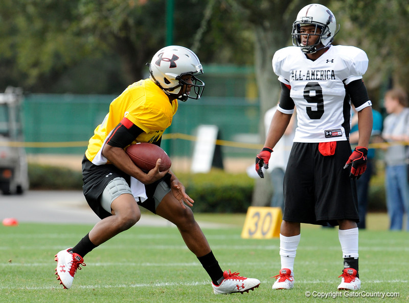Photo by Casey Brooke Lawson<br /> <br /> LSU commitment Russell Shepard scrambles during the third day of practice leading up to the Under Armour All-America Game on Friday, January 2, 2009 at Disney's Wide World of Sports Complex in Lake Buena Vista, Fla.