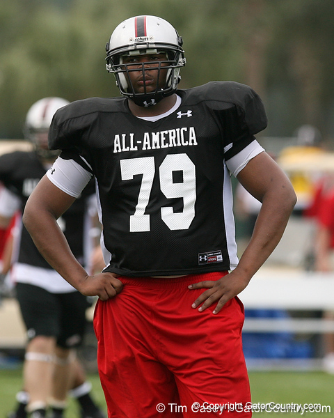 photo by Tim Casey<br /> <br /> Team Click-Clack defensive tackle Templeton Hardy (Como, Miss. - Mississippi State commitment) works out at the first day of practice for the Under Armour All-America High School Football Game on Monday, December 31, 2007 at Disney's Wide World of Sports Complex in Lake Buena Vista, Fla. The game will be played on Jan. 5, 2008.