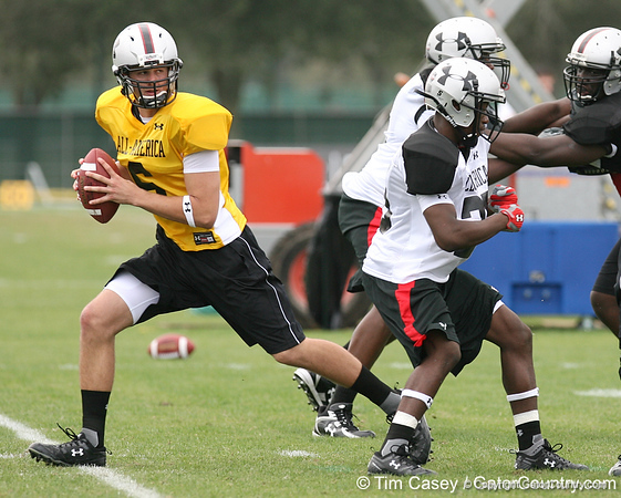 photo by Tim Casey<br /> <br /> Team Click-Clack quarterback Nick Crissman (Surfside, Ca. - UCLA commitment) works out at the first day of practice for the Under Armour All-America High School Football Game on Monday, December 31, 2007 at Disney's Wide World of Sports Complex in Lake Buena Vista, Fla. The game will be played on Jan. 5, 2008.
