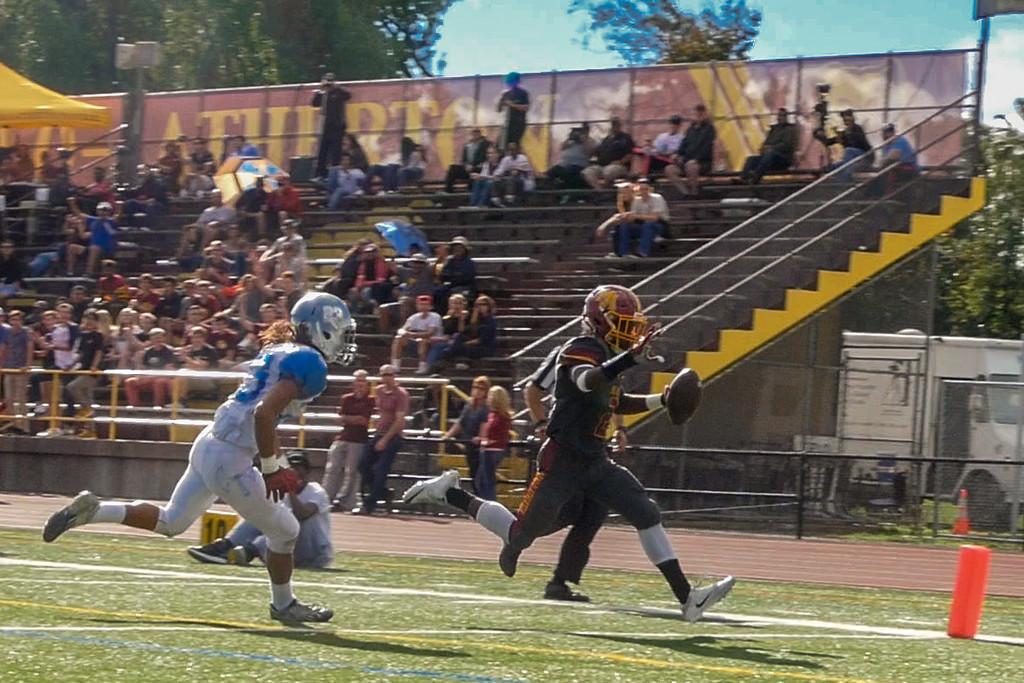 Menlo-Atherton Varsity Football vs. Hillsdale High School, 2016-10-29.