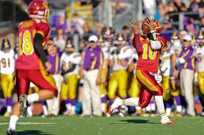 Wiily takes a Kickoff Return! Menlo Atherton High School Varsity Football vs. Salinas 2011-11-25