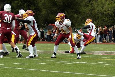 57 Yard Field Goal!  Menlo Atherton Bears Varsity vs.Sacred Heart Prep 2010-10-23