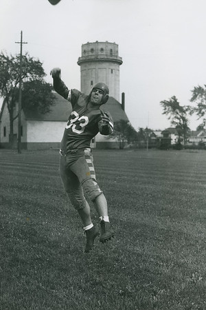 Lou Corriere, University at Buffalo football, 1942.