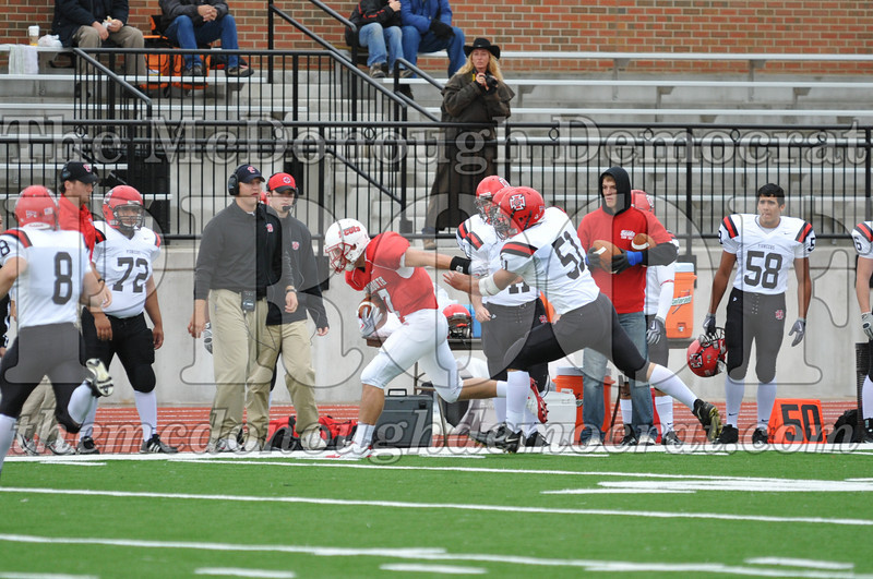 Monmouth Coll Defeats Grinnell Coll 59-0 10-03-09 013