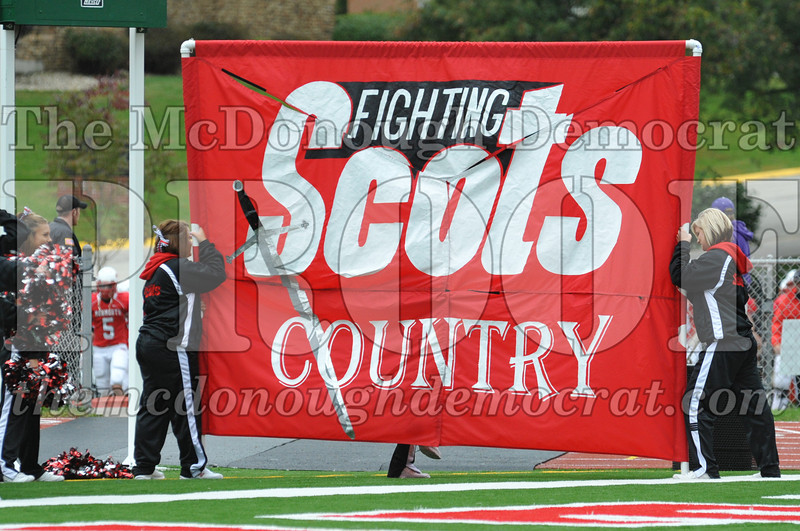 Monmouth Coll Defeats Grinnell Coll 59-0 10-03-09 003