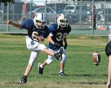 GAB_6208 2010-08-21 10-15 Ogden Valley @ MC Jr Pee Wee Blue (Bowler), North field-1