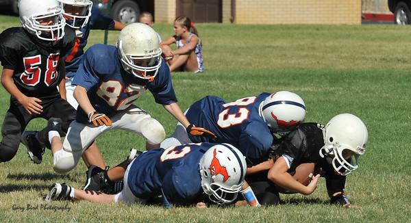 GAB_6264 2010-08-21 10-15 Ogden Valley @ MC Jr Pee Wee Blue (Bowler), North field-1